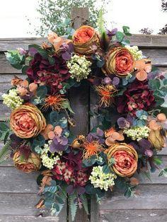 Gorgeous Spring Wreath Decor Idea for Your House - Korhek Autumn Wreaths For Front Door, Fall Wreaths, Christmas Wreaths, Ribbon Wreaths, Floral Wreaths, Burlap Wreaths, Thanksgiving Wreaths, Autumn Wreath Diy, Primitive Christmas