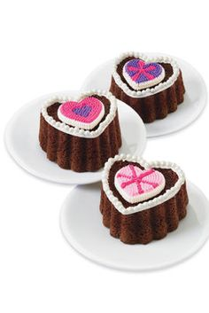 Mini Ruffled Heart Brownies