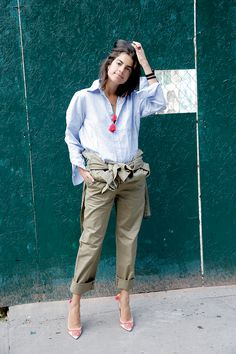 How to Style a Boiler Suit http://www.manrepeller.com/2015/08/jumpsuit-style-tips.html