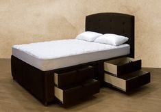 Elegant Upholstered Platform Storage Bed With Underneath Drawers & Matching…