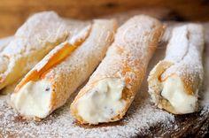 Sigarette siciliane alla ricotta dolci facili e veloci, ricetta dolci tradizionali, dolci da regalare a Natale, ricetta tipica, dolci siciliani farciti, cioccolato