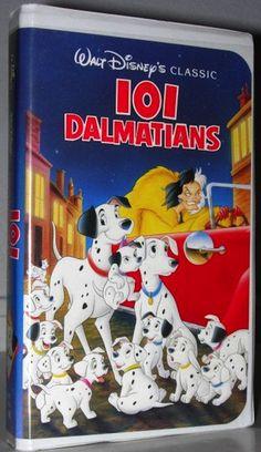 30 day Disney challenge 101 Dalmations 1961 Disney movie - Greatest movie ever! First and favorite Disney movie 1961 Movies, Kid Movies, Cartoon Movies, Walt Disney Movies, Classic Disney Movies, Old Disney, Disney Love, Disney Magic, Vhs Movie