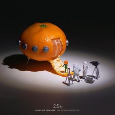 ". 2.5 fri ""Alien"" . 未完の宇宙船 . #ミカンせいじん #このあとおいしくいただきました #Orange #Spacecraft ."