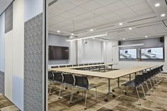 Westpac Banking Corporation – Singapore Regional Headquarters | TIMETABLE Conference table by #Wilkhahn