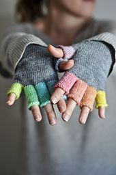 These mitts have been designed to use hand dyed yarn. They use around 2 to 3 grams of yarn for each finger.