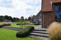 Afgewerkte projecten door Jonas D'hoore | Landschappelijke tuin bij een gerenoveerde vierkantshoeve | Poperinge