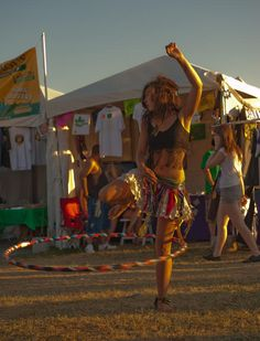 festival hooping (the best kind)