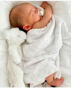 Cute Little Baby, Little Babies, Cute Babies, Baby Kids, Baby Poses, Wishes For Baby, Cute Baby Pictures, Everything Baby, Boho Baby