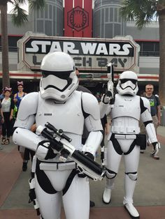 Star Wars Launch Bay e novas experiências no Hollywood Studios relacionadas ao filme The Force Awakens