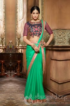 Shop online green banglori silk and net indian wedding wear saree online, this indian wedding wear saree is perfect for any occasion, this indian wedding wear saree is prettified with embroidered and patch border which gives trendy look. Satin Saree, Chiffon Saree, Georgette Sarees, Indian Wedding Outfits, Indian Outfits, Indian Dresses, Salwar Kameez, Kurti, Outfit Online