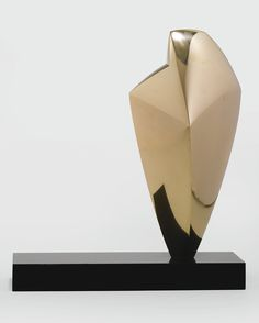 Emile Gilioli 1911 - 1977 LA FEMME OISEAU Bronze Height: 15 1/2 in. Conceived in 1958 and cast in an edition of 3 | Sotheby's