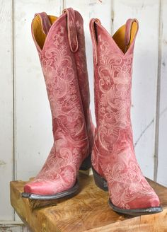 Old Gringo pale red boots