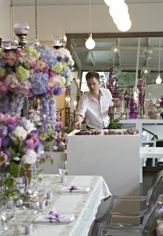 Jamie aston christmas table centre class jamie aston pinterest the jamie aston floristry school in london offers informal classes at our brand new marylebone shop junglespirit Images