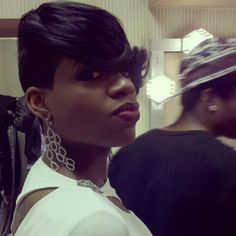 I'm a fan of Fantasia's hair