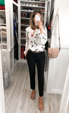 Work attire with flats _ arbeitskleidung mit wohnungen _ tenue de travail avec des appartements _ vestimenta de trabajo con pisos _ wor Office Outfits Women Casual, Simple Work Outfits, Casual Mode, Summer Outfits Women, Work Casual, Simple Office Outfit, Stylish Office, Office Chic, Summer Office Outfits