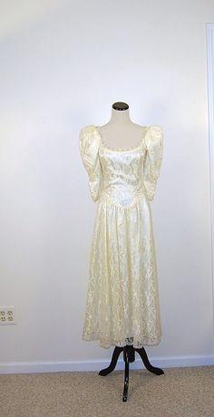 Vintage Ivory Dress by CheekyVintageCloset on Etsy, $64.00