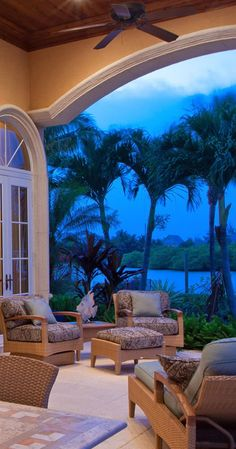 South Florida homes feature a fabulous outdoor living areas! http://www.waterfront-properties.com/delrayrealestate.php