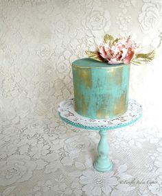 Turquoise and gold mini cake - Firefly India by Pavani Kaur Metallic Cake, Metallic Wedding Cakes, Gold Cake, Fancy Cakes, Mini Cakes, Cakepops, Beautiful Cakes, Amazing Cakes, Turquoise Cake
