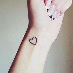 Afbeeldingsresultaat voor tatouage coeur arabesque