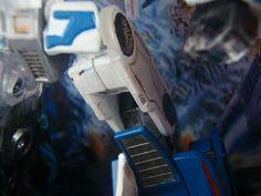 Mid-electro disruption Mirage leg #detail #handpainted #customtransformer #transformers #toyphotography