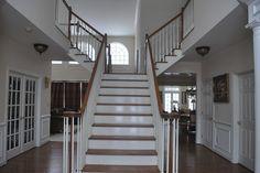 http://www.city-data.com/forum/attachments/home-interior-design-decorating/90166d1327433993-help-paint-2-story-foyer-open-dsc_0014.jpg