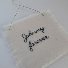 Johnny - Broderie - mots brodés - embroidery - Johnny forever