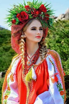 Read how to build a happy family with her! How to win a heart of Ukrainian girl? How to choose your sexy Ukraine Looking for your Ukraine girl? Ukraine Women, Ukraine Girls, Russian Beauty, Russian Fashion, Ethno Style, Folk Fashion, Folk Costume, Traditional Dresses, Colorful Fashion