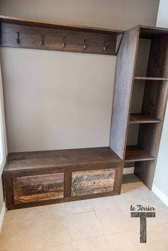 Le Terrier - Stained Ash Builts-ins with barn wood