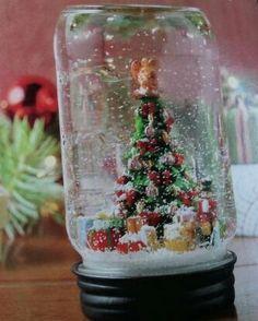Very cute idea for a snow globe <3