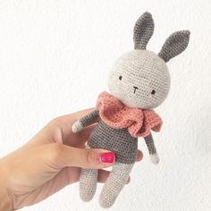 """387 Likes, 41 Comments - Elisa (@lululovesthemoon) on Instagram: """" (bunny pattern by me) . . . #crocheting #crochet #craftastherapy #handcrafted #handmadetoy…"""""""