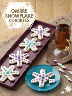 We love these Ombre Snowflake Cookies. How-to at @joannstores.