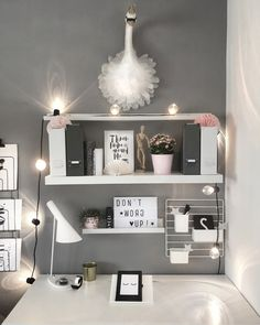 Nursery for girls # advertising # Nursery # girl's room # desk # desk # office The post nursery for girls appeared first on Slaapkamer ideeën.