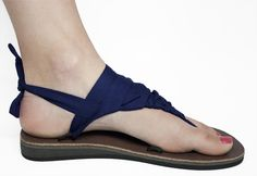 SSEKO SANDLES..these have different colored strapes that you and tie in several different ways...