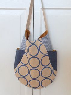 241 tote | made using Anna's 241 Tote pattern. Find it here!… | Flickr