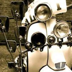 Lambretta in Black & White?