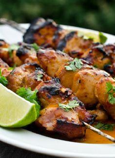 Low FODMAP Recipe and Gluten Free Recipe - Barbecued chicken fajita skewers  http://www.ibssano.com/low_fodmap_recipe_bbq_fajita_skewers.html