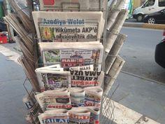 newspaper stand - Google 搜尋