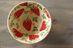 I love strawberries. I love dishes. Love this strawberry bowl.