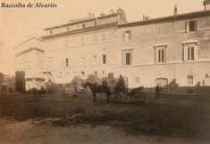 1882  Largo di Torre Argentina, lo stabile sulla destra Palazzo Strozzi non ancora del tutto demolito, ora Palazzo Besso. Italy Pictures, Old Pictures, Old Photos, Statue, History, Painting, Memories, Life, Vintage