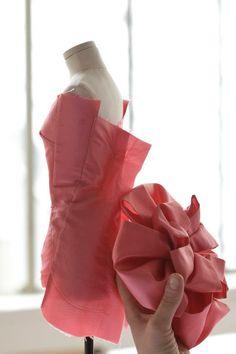 #Diorhautecouture #Miniaturemannequins #DiorHarrods