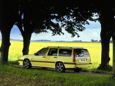 Breaks Volvo : plus de 60 ans d'histoire automobile - Volvo 850 Volvo 850, Volvo Wagon, Bmw Wagon, Volvo Cars, Bmw Kombi, Honda Shuttle, Automobile, Car Buying Guide, Cars