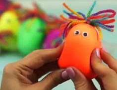 Aprenda a fazer divertidos bonequinhos sensoriais de bexiga