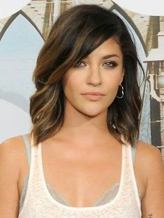 Mid Length Hairstyles Glamorous Gorgeous Shoulder Length Hairstyles To Try This Year  A Woman Who