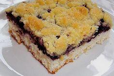 Falscher Hefekuchen mit Blaubeeren und Streuseln Tiramisu, Pie, Ethnic Recipes, Desserts, Food, Sheet Cakes, Pies, Blackberries, Sprinkles