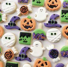 Halloween Appetizers For Adults, Comida De Halloween Ideas, Food Halloween Costumes, Halloween Cookie Recipes, Halloween Cookies Decorated, Halloween Sugar Cookies, Appetizers For Kids, Halloween Baking, Halloween Desserts