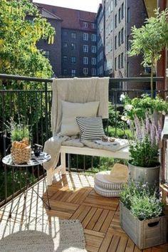 Stunning apartment patio decorating ideas (60)