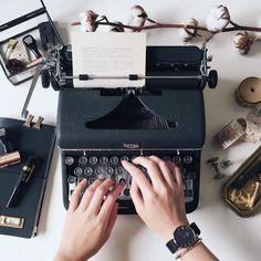 Writing Memes, Writing A Book, Writing Machine, Working Typewriter, Work Goals, The Secret History, Vintage Typewriters, The Shining, Writing Inspiration