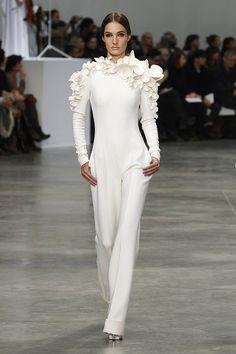 Stephane Rolland Haute Couture Spring/Summer 2013 #idemtiko via @nickverreos1