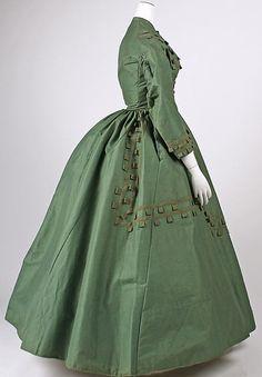 Dress   Date: 1864–65   Culture: American   Medium: cotton, wool, silk   Dimensions: Length at CB: 53 1/2 in. (135.9 cm)   Credit L...