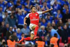 Alexis Sanchez scored twice as booked their place in the final, beating Reading after extra time Arsenal Fc, Arsenal Football, Football Players, Arsenal Transfer News, Alexis Sanchez, Arsene Wenger, Fa Cup Final, Football Photos, Arsenal F.c.